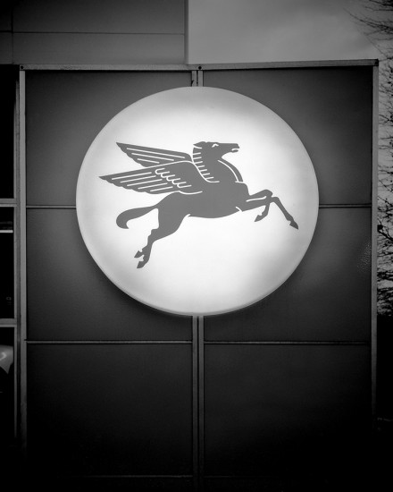 Pegasus Sign, Akron, Ohio 1972 © David Ulrich